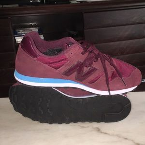 newest ac62f a22c1 New Balance 373 Burgundy Size Men's 9 NWT